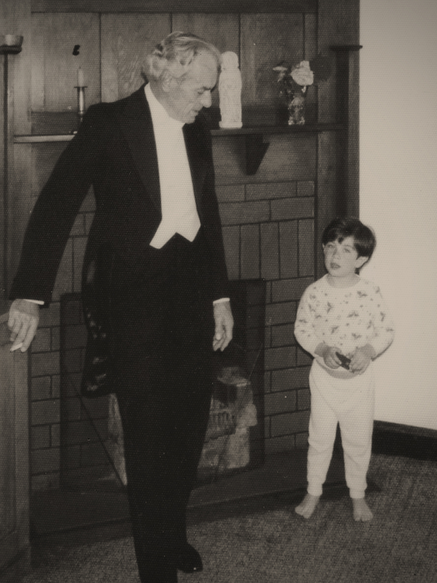 Before the performance: at home with his son Andrew